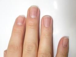 Приворот на ногти