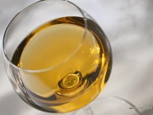 Вино и любовный напиток